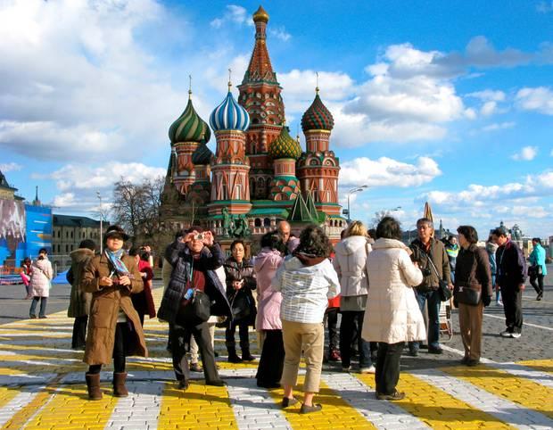 Urlaub im wilden Osten: Abenteuer mit Rentieren und Panzern: Wie Russland Touristen ins Land locken möchte
