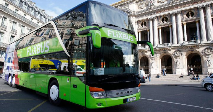 Kritik an geplanter Steuersenkung der Groko - Billigere Bahntickets sollen Klima schonen - doch Flixbus will dagegen klagen