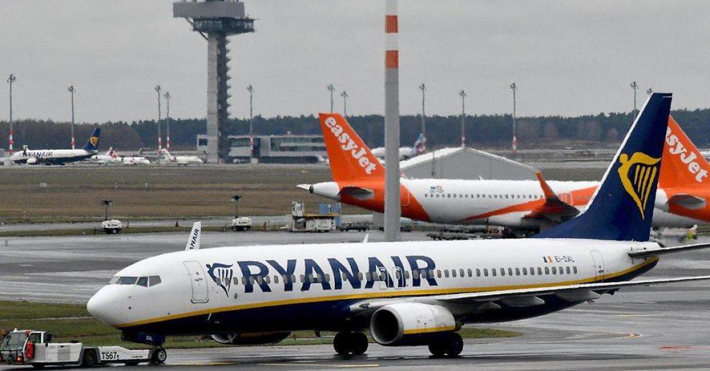 Weltkriegsbombe gefunden - Flughafen Berlin-Schönefeld stellt Betrieb ein