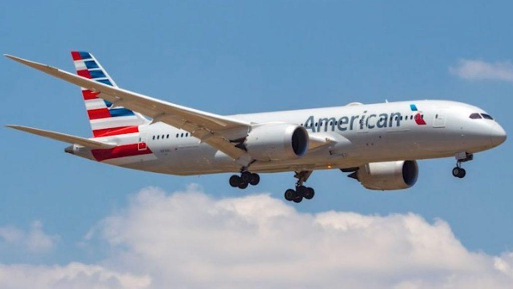 Für Passagiere verborgen: Reiseblogger zeigt: So sehen die geheimen Schlafkabinen von Flugzeug-Crews aus